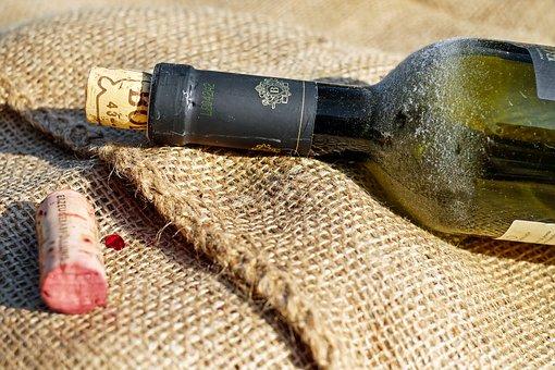 wine-1574493__340