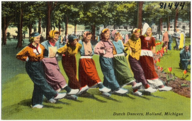 Dutch_Dancers,_Holland,_Michigan_(81444)