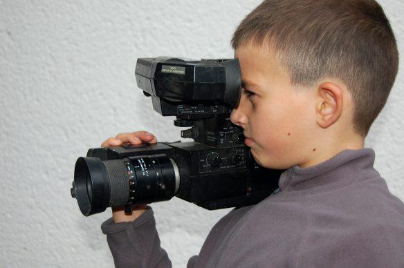 alte-kamera-filmen-junge-275078